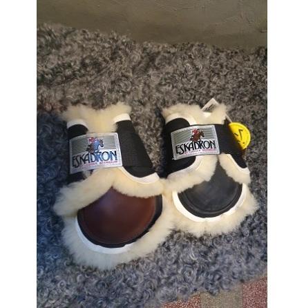 Eskadron Fetlock Boots Sheep Bak